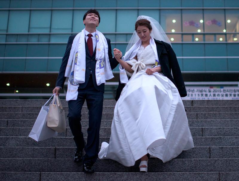 Invitados para hacer bulto, lo último en las bodas coreanas