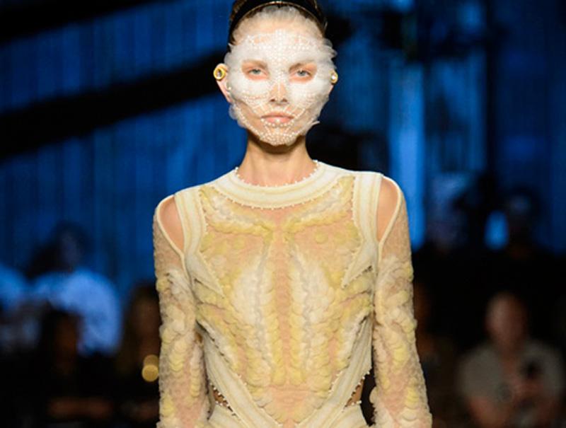 El homenaje de Givenchy al amor y la esperanza