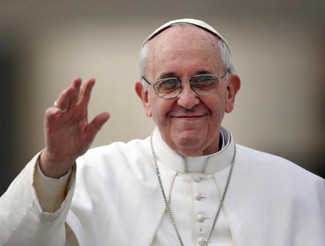 Así es el armario de Francisco, el primer Papa 'Normcore'