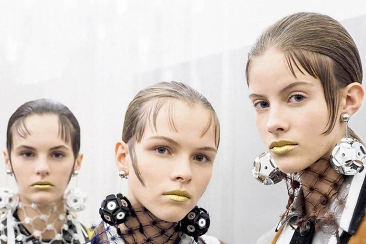 labios dorados prada 2016