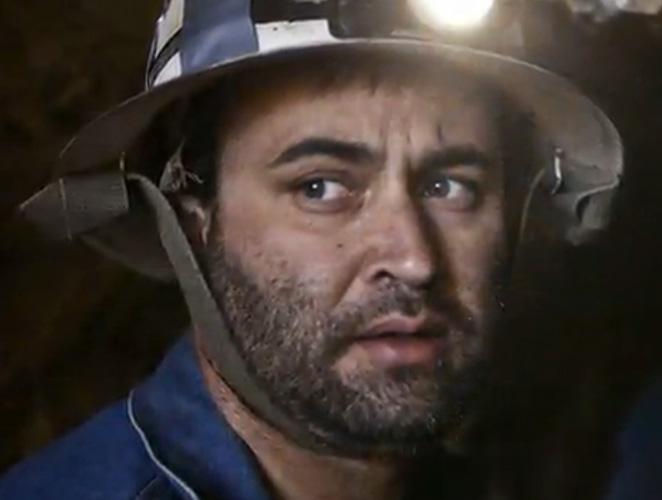 Por qué alguien baja a la mina en busca de vaqueros