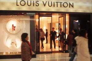 Ya queda menos para el primer perfume de Louis Vuitton