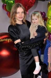La hija de 6 años de Natalia Vodianova debuta como modelo