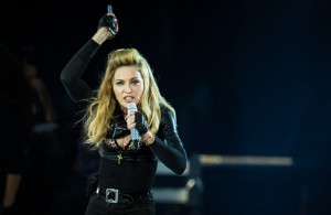 Madonna es denunciada en Rusia por apoyar a los gays