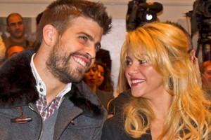 Shakira podría cantar en catalán