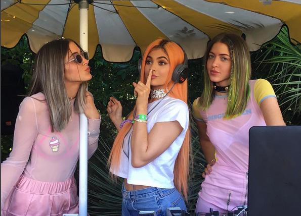Sí, las famosas también se «disfrazan» para ir a Coachella