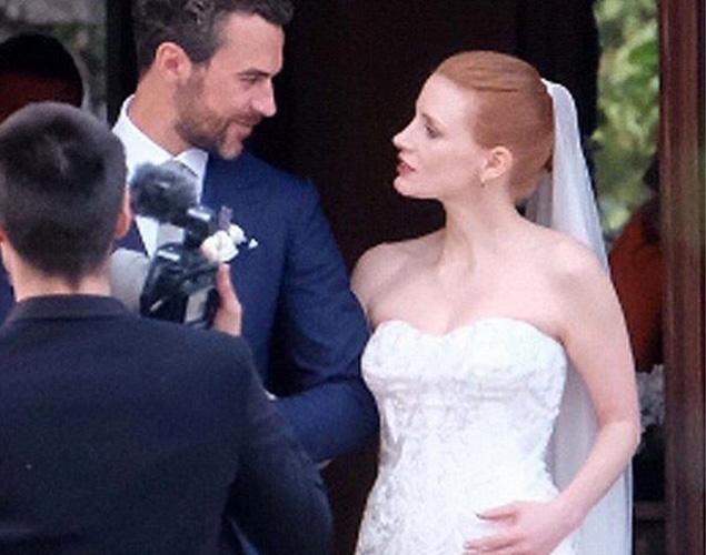 Así fue el vestido de Armani con el que se casó Jessica Chastain