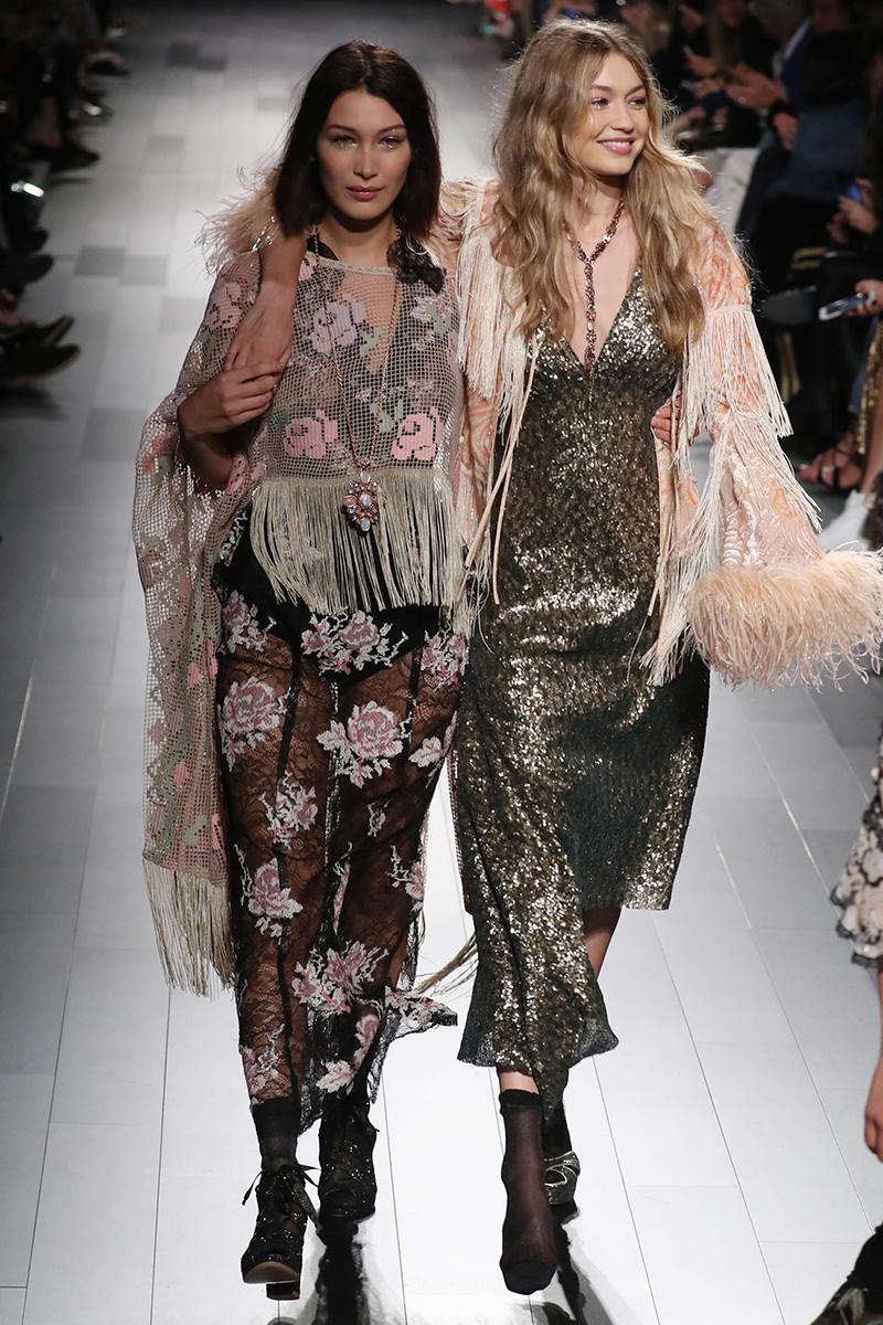 Así fue como Bella Hadid salvó a su hermana Gigi en pleno desfile