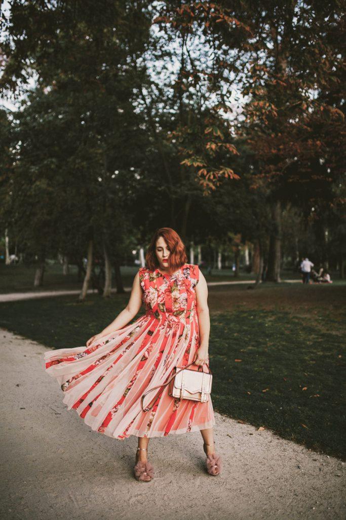 en en de rojo pompón rosa estos del con combinarlo ASOS vestido ambos son te ¿Y este pastel el con tú de el rose y bolso y zapatos atreves gold rosa AqvnEZn