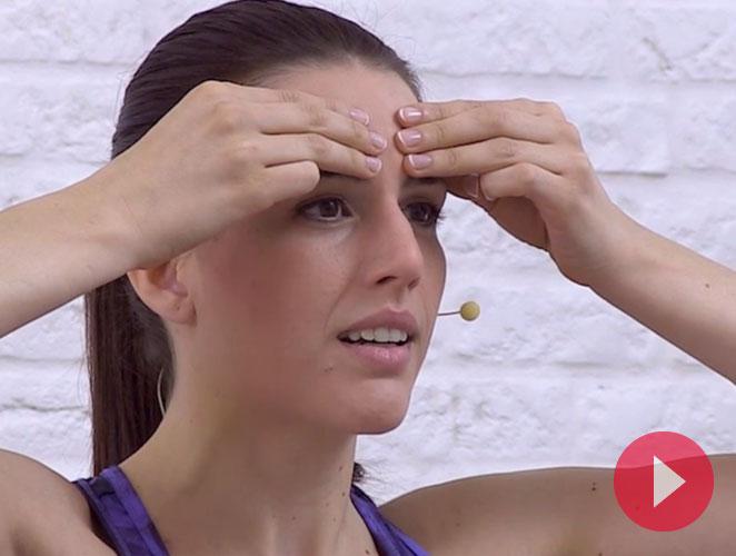 6 ejercicios para rejuvenecer tu rostro con yoga facial